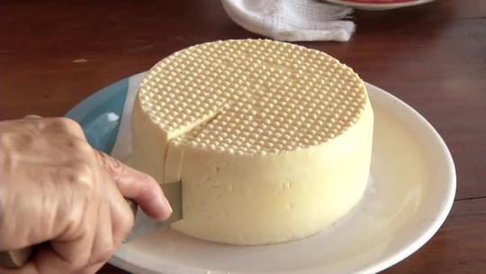 Produtores rurais de Porteirinha buscam selo de qualidade de produção do queijo artesanal
