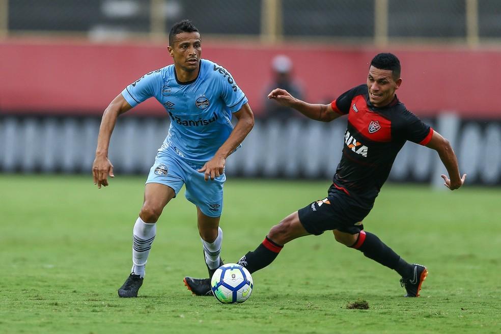Cícero ficou no 0 a 0 com o Vitória no Barradão — Foto: Lucas Uebel/Divulgação Grêmio