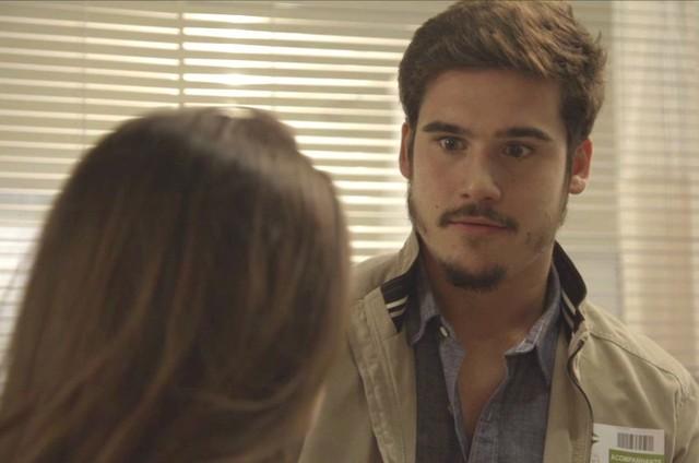 Nicolas Prattes é Samuca em 'O tempo não para' (Foto: Reprodução)