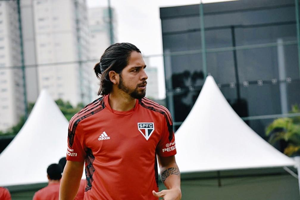 Benítez já treina no CT da Barra Funda — Foto: Reprodução/Twitter