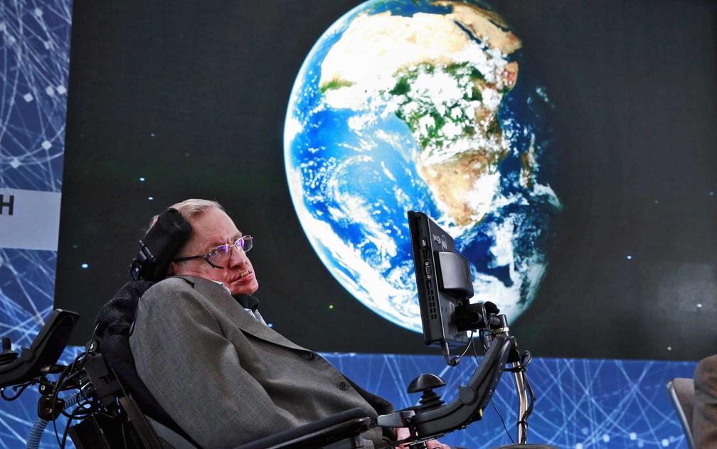 O físico Stephen Hawking em imagem de abril de 2016. (Foto: Lucas Jackson / Arquivo / Reuters)