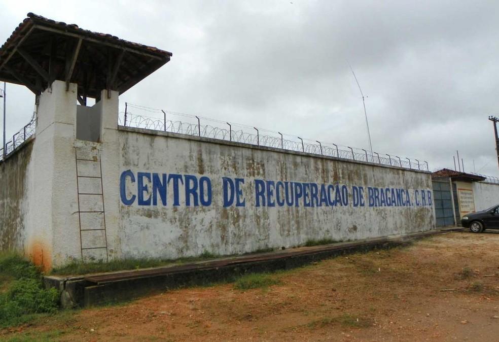 -  Presidiários queimaram colchões e depredaram parte das celas  Foto: Susipe