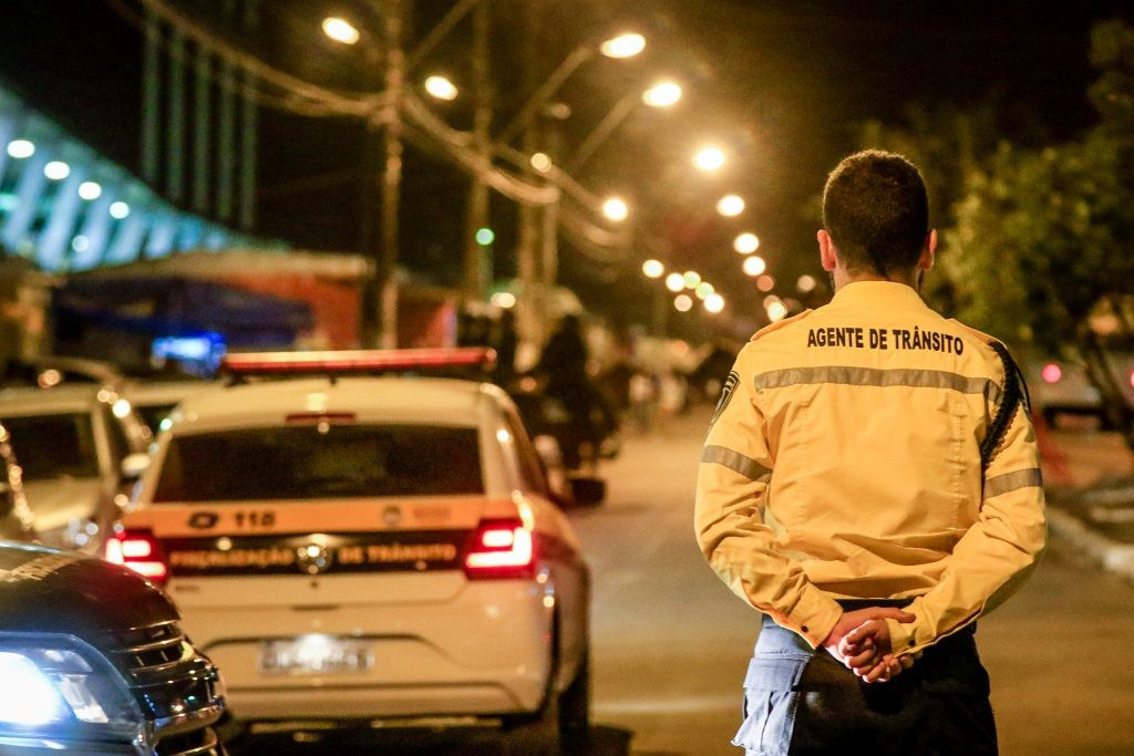 Partida entre CRB e Operário muda trânsito no Trapiche, em Maceió - Notícias - Plantão Diário