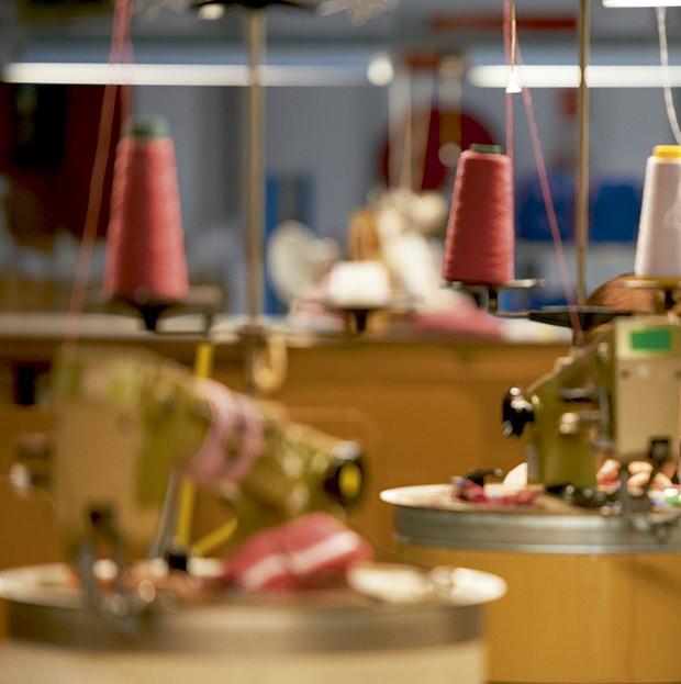 Cashmere - Detalhe do barrie, um dos 23  ateliês Chanel (Foto: O.Saillant, Lucile Perron)