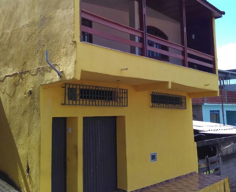 Marcelo custeou a construção da casa de sua família no bairro Jardim Natal, em Juiz de Fora  (Foto: Raphael Lemos)