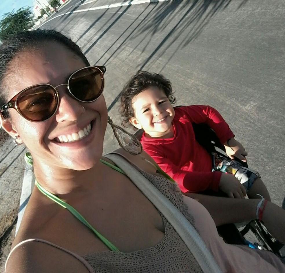 Bruna é mãe de Joaquim, de dois anos. (Foto: Arquivo Pessoal/ Bruna Barbosa)
