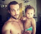 Igor Rickili e o filho Antonio | Reprodução