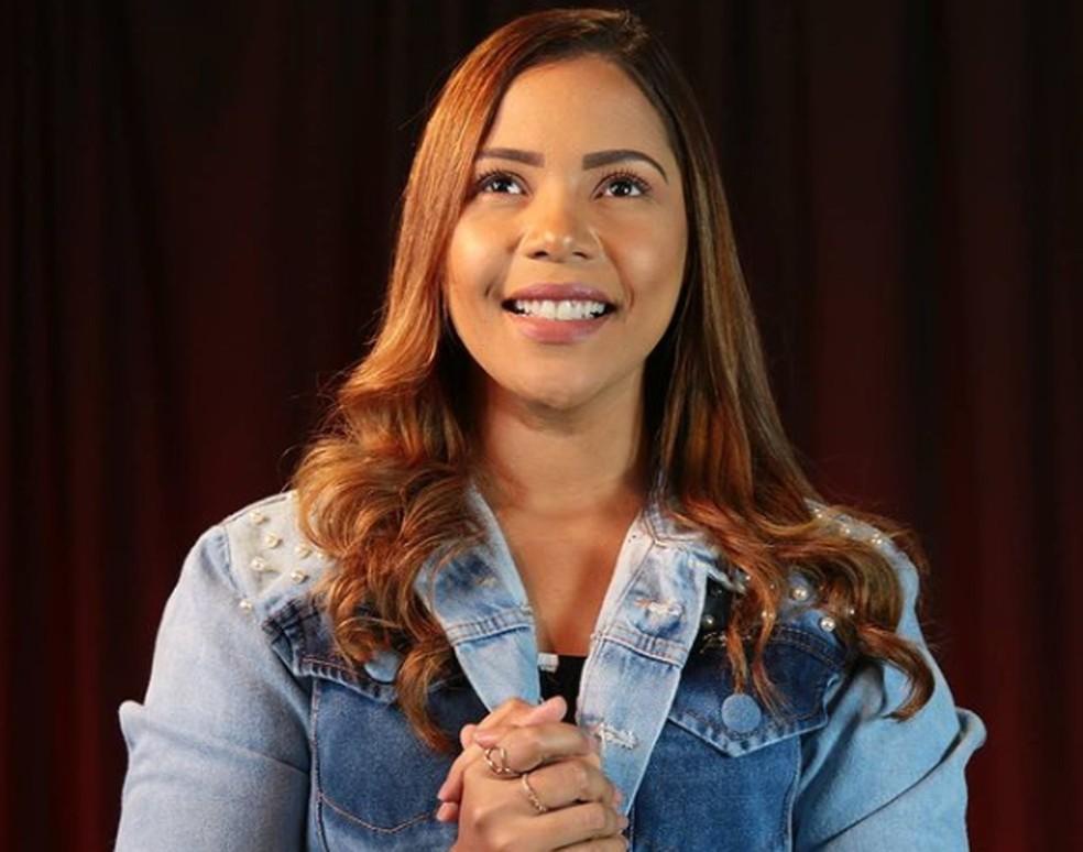 Cantora gospel Amanda Wanessa pode ser transferida para quarto 'a qualquer  momento', diz família | Pernambuco | G1