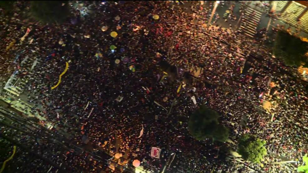 Protesto na Candelária  — Foto: Reprodução/TV Globo