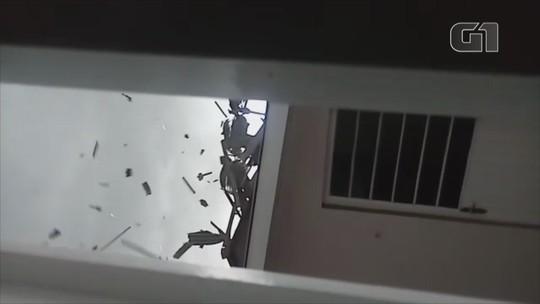 Vendaval causa destelhamentos e quedas de postes em Vacaria, na Serra do RS