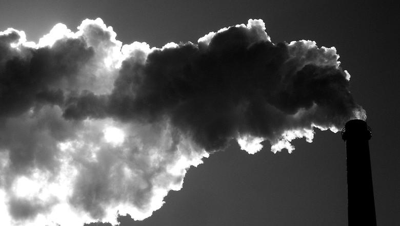 aquecimento-global-efeito-estufa-gases-indústria-mudança-climática-sustentabilidade (Foto: Señor Codo/CCommons)