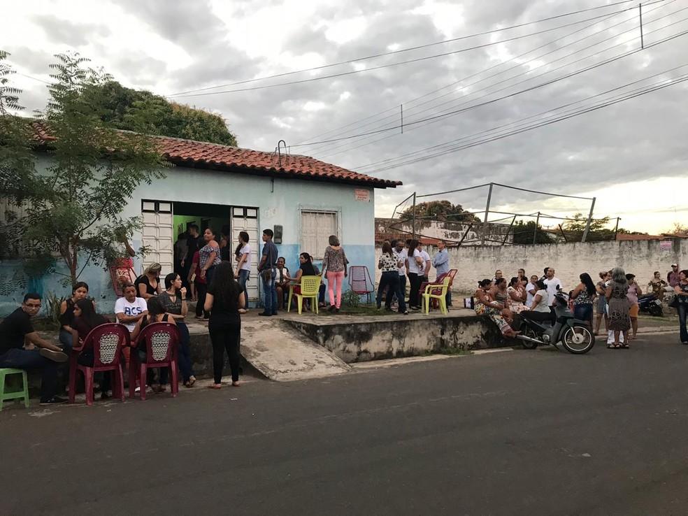 Corpo de Gabriel Brenno é velado em Caxias, no Maranhão — Foto: David Peres/TV Mirante