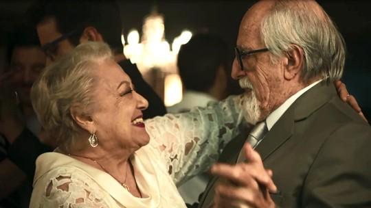 Antero lembra de paixão por Marlene no dia do seu casamento com Evelina