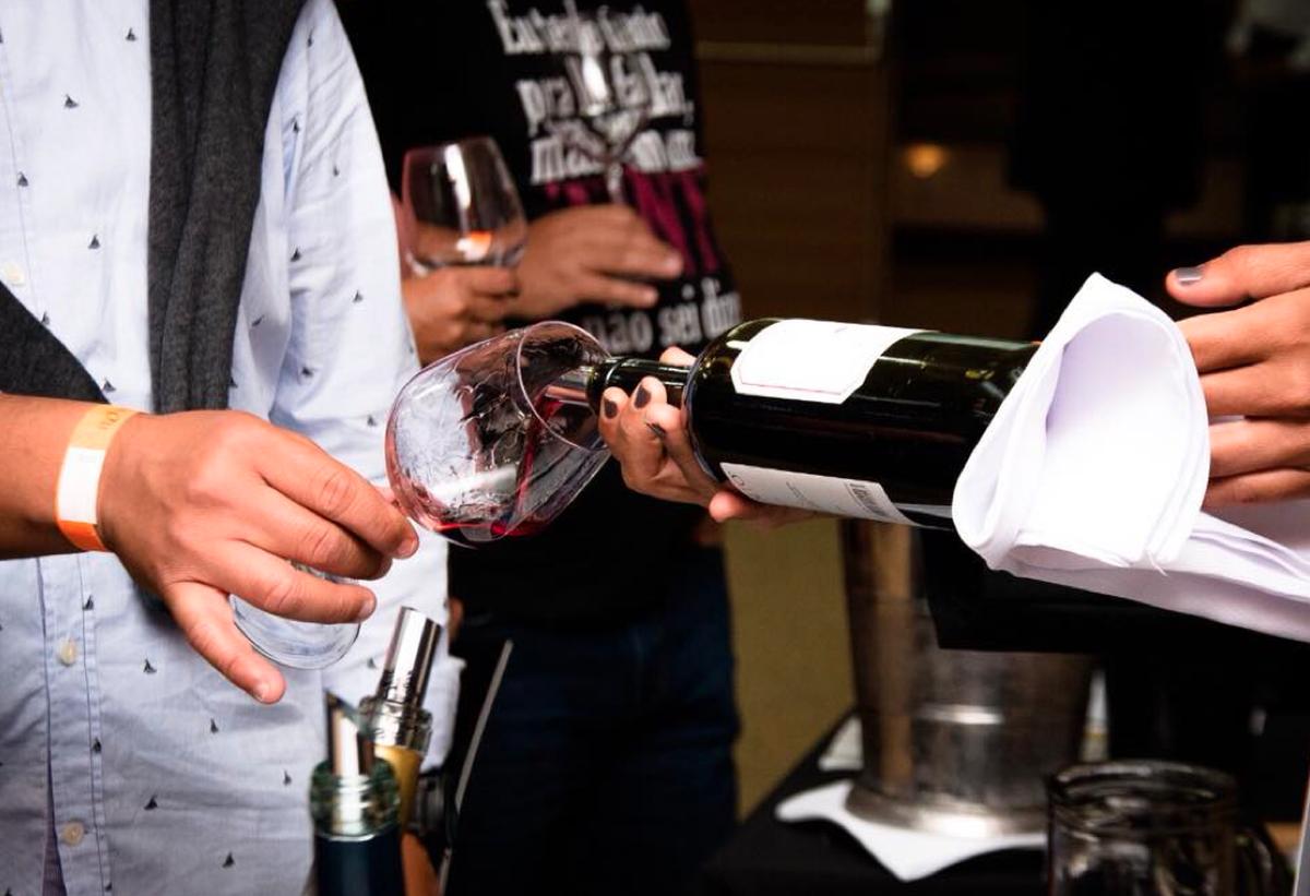Búzios, RJ, recebe evento de degustação de vinhos com produtores nacionais e internacionais