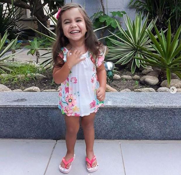 Maria Flor, filha de Deborah Secco e Hugo Moura (Foto: Reprodução/Instagram)