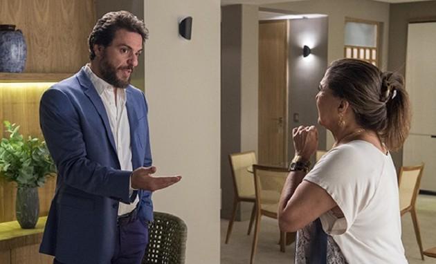 Rodrigo Lombardi e Elizangela em cena como Caio e Aurora em 'A força do querer' (Foto: Estevam Avellar/TV Globo)