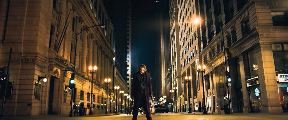 Heath Ledger em cena de 'Batman: O Cavaleiro das Trevas' (Foto: Divulgação)