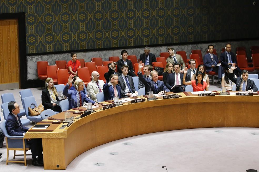 Embaixadore do Conselho de Seguranã da ONU votam neste sábao (5) em sanções contra a Coreia do Norte (Foto: EDUARDO MUNOZ ALVAREZ / AFP)