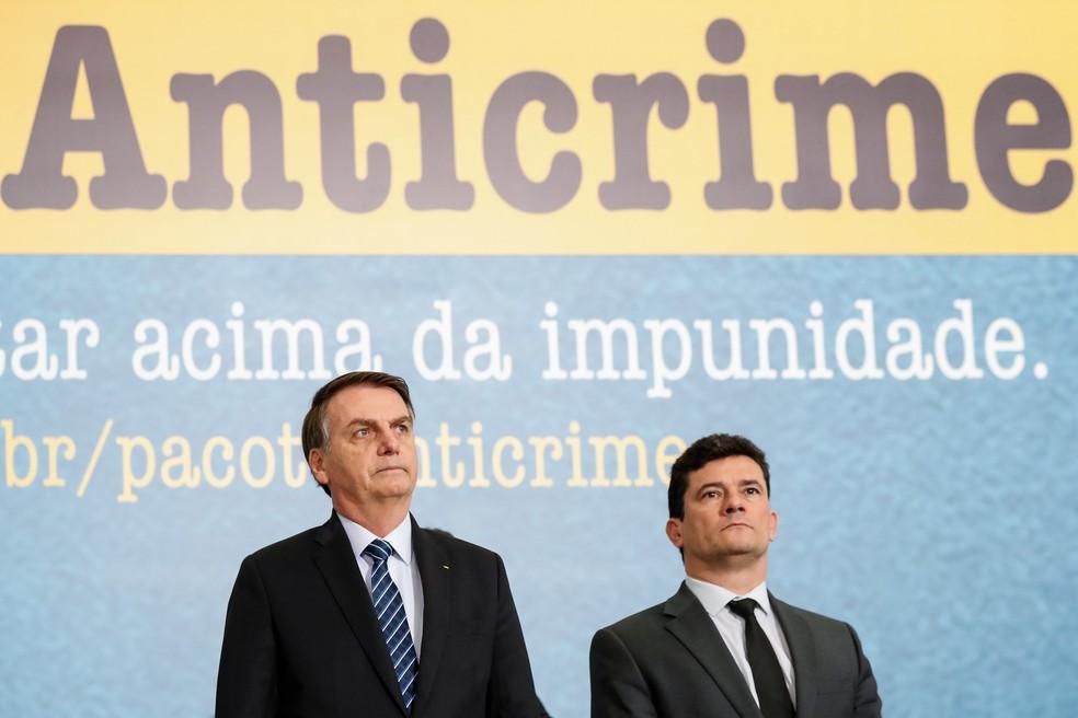 Bolsonaro e Moro durante solenidade no Palácio do Planalto em outubro de 2019 — Foto: Alan Santos/Presidência da República