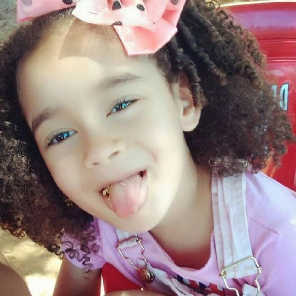 Cecília Davina Image caption Menina de 4 anos foi uma das vítimas do incêndio em creche em MG (Foto: Arquivo Pessoal)