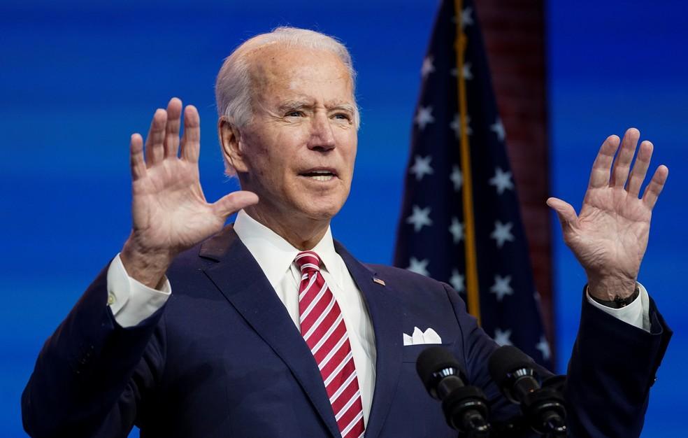 Biden em discurso nesta segunda-feira — Foto: Reuters