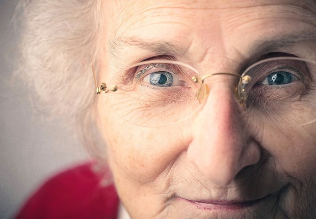 Terceira idade ; idoso ; idosa ; idosos ; envelhecimento ; longevidade ; envelhecer ;  (Foto: Shutterstock)