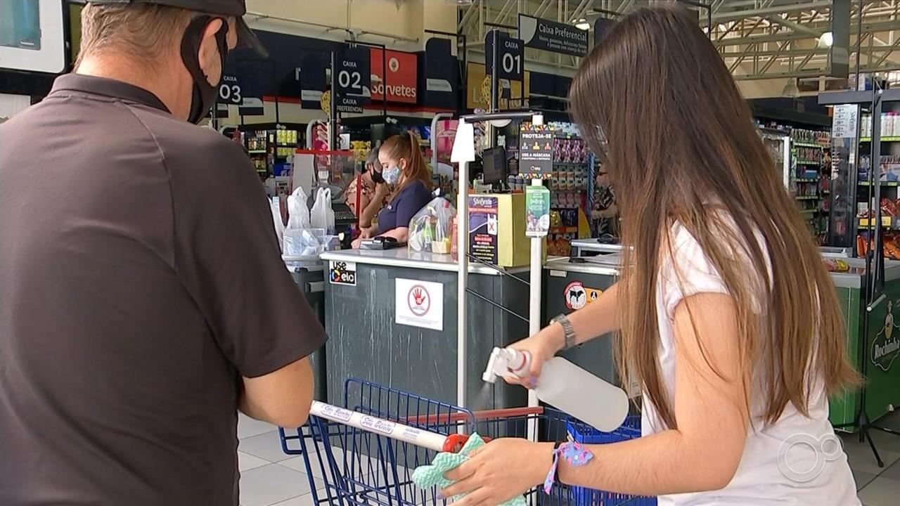 Supermercados de Sorocaba funcionam com medidas restritivas