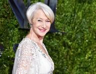 """Atriz Helen Mirren relata saia justa ao tomar chá com a rainha Elizabeth: """"lição de constrangimento"""""""