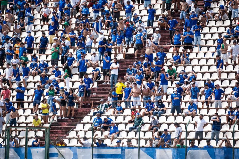 Cruzeiro teve torcida em dois jogos da Série B até agora — Foto: Bruno Haddad