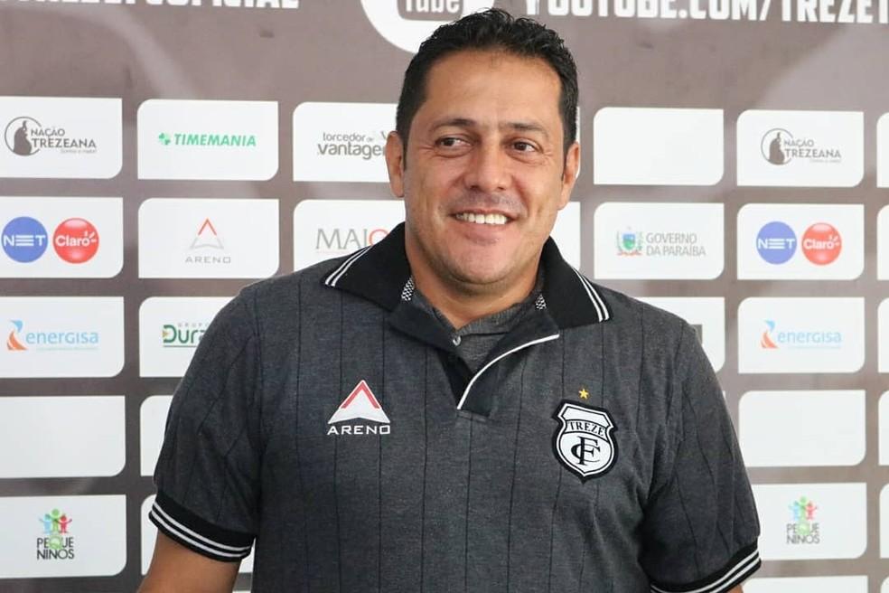 Novo chefe da comissão técnico do Treze, Maurílio Silva ainda trabalha na montagem do elenco para 2019 — Foto: Ramon Smith / Treze