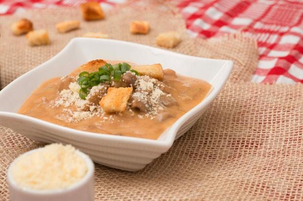 Receita de sopa eslava é opção perfeita para espantar o frio (Foto: Divulgação)