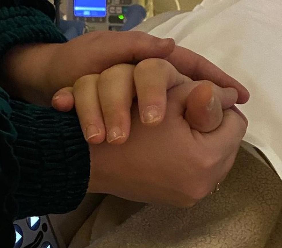 Irmã de Paulo Gustavo posta última foto feita com o ator, no hospital — Foto: Reprodução/Redes sociais