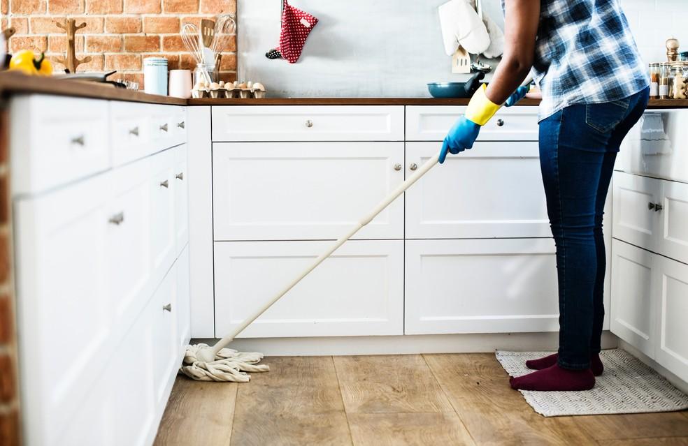 De acordo com o relatório da RSPH, as pessoas costumam confundir sujeira, germes, limpeza e higiene. — Foto: Pixabay