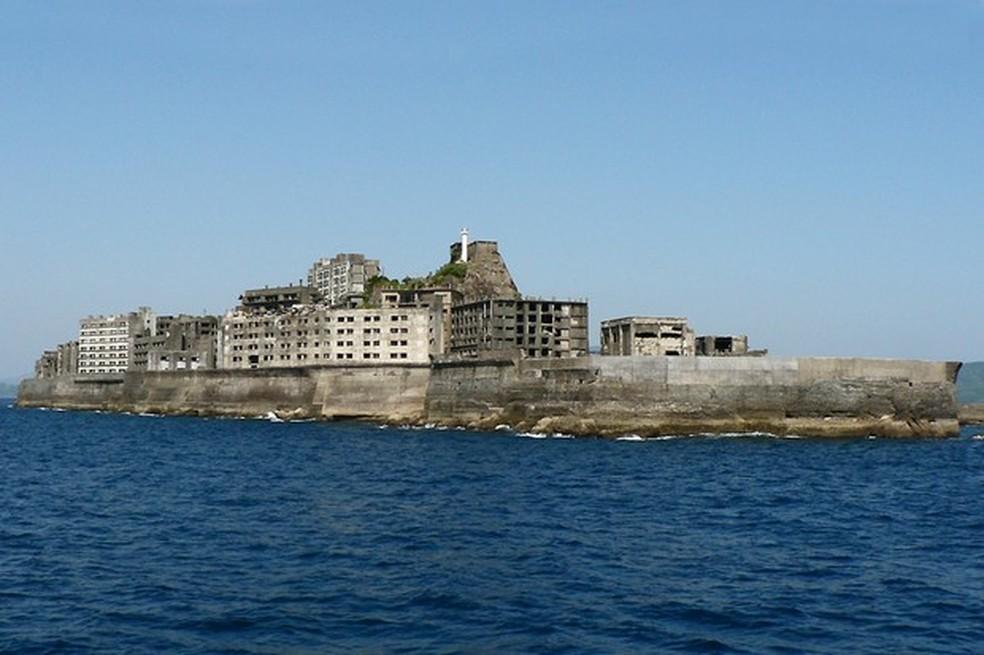 O muro quebra-mar é essencial para evitar as ondas de Nagasaki (Foto: Wikicommons/Reprodução) — Foto: Auto Esporte