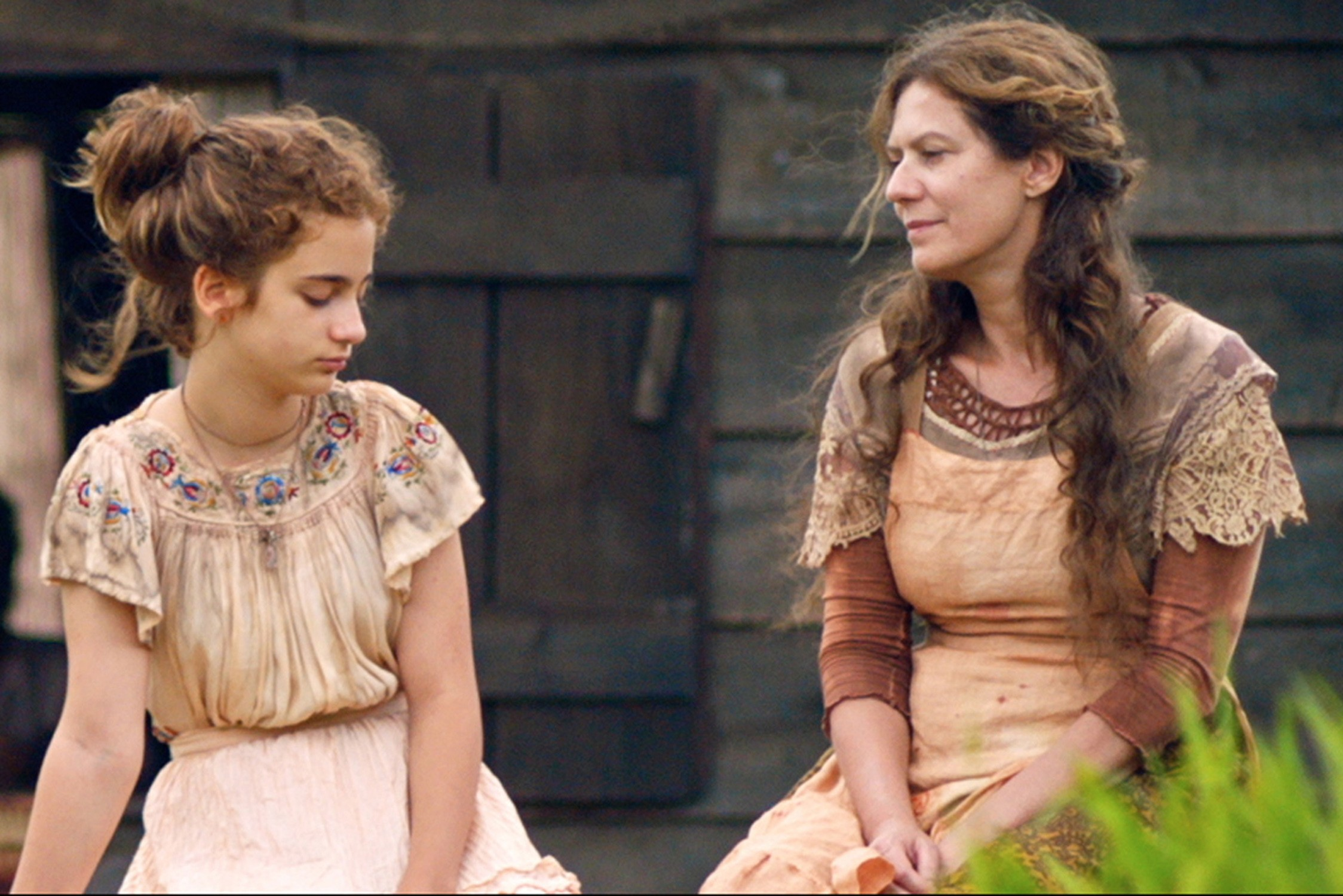 Barbara Luz e Patrícia Pillar em cena de Unicórnio (Foto: Zeca Miranda / Divulgação)