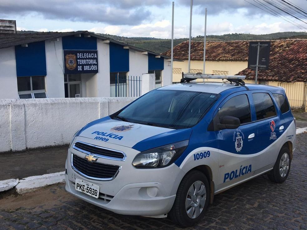 Homem foi preso por policiais da delegacia de Brejões — Foto: Divulgação/Polícia Civil