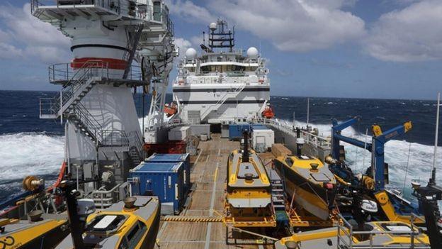 Cada diária do Seabed Constructor custou 50 mil dólares por dia (R$ 186 mil) (Foto: Marina da Argentina/BBC)