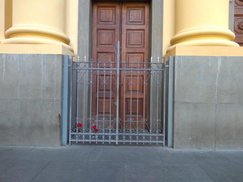 Homem mata quatro e comete suicídio durante missa na Catedral de Campinas 7