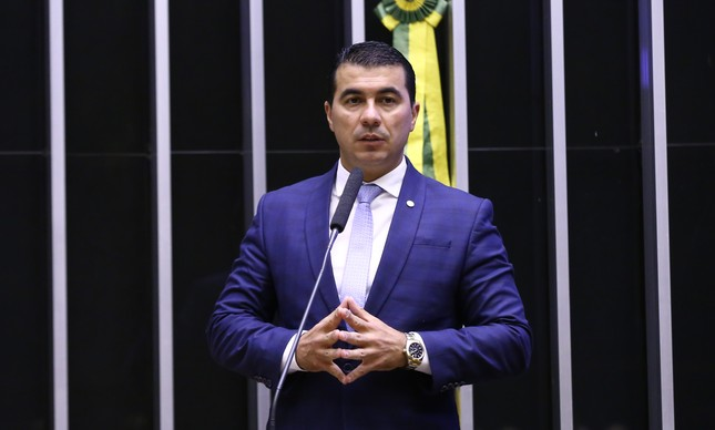 Deputado federal Luis Miranda (DEM-DF), um dos pivôs do caso Covaxin, durante sessão da Câmara dos Deputados em maio deste ano