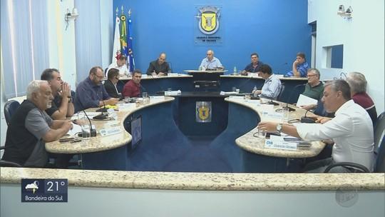 Câmara aprova reposição salarial para vereadores e reajuste para servidores em Itajubá, MG