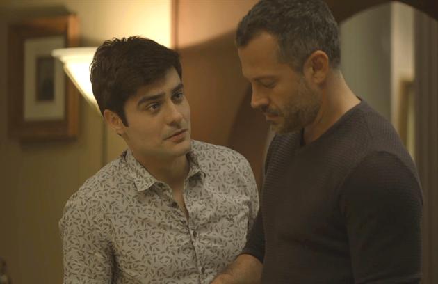 Na quinta (19), Agno (Malvino Salvador) convidará Leandro (Guilherme Leicam) para voltar a morar com ele (Foto: Reprodução)