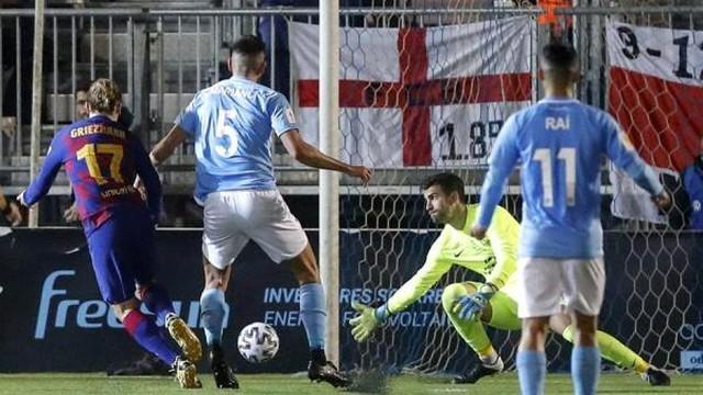 Griezmann marcou os dois gols do Barcelona contra o Ibiza