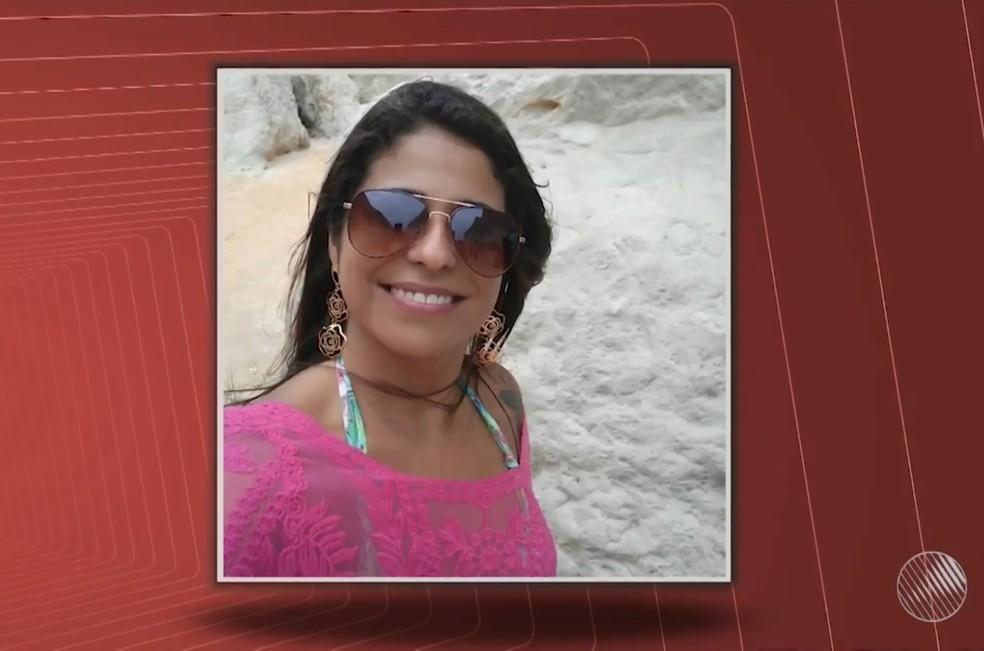 Sandra Denise Costa Afonso tinha 40 anos quando foi morta a tiros pelo companheiro em Salvador — Foto: Reprodução/TV Bahia