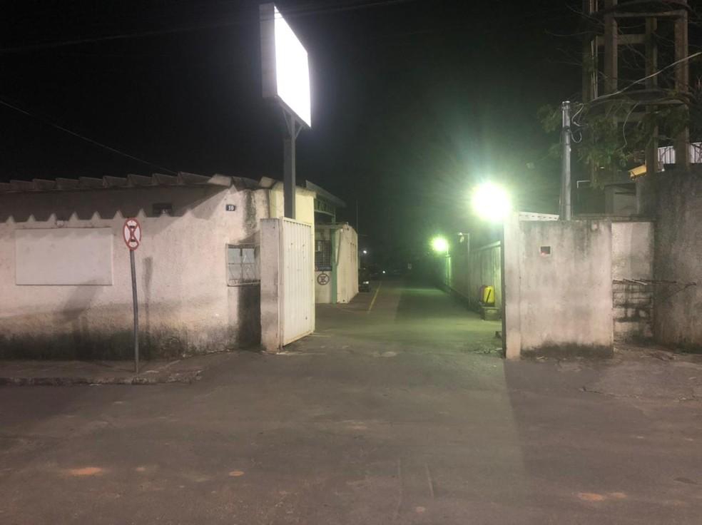Delegacia de plantão fica no bairro Savassi, em Ribeirão das Neves. — Foto: Júlio César Santos/G1
