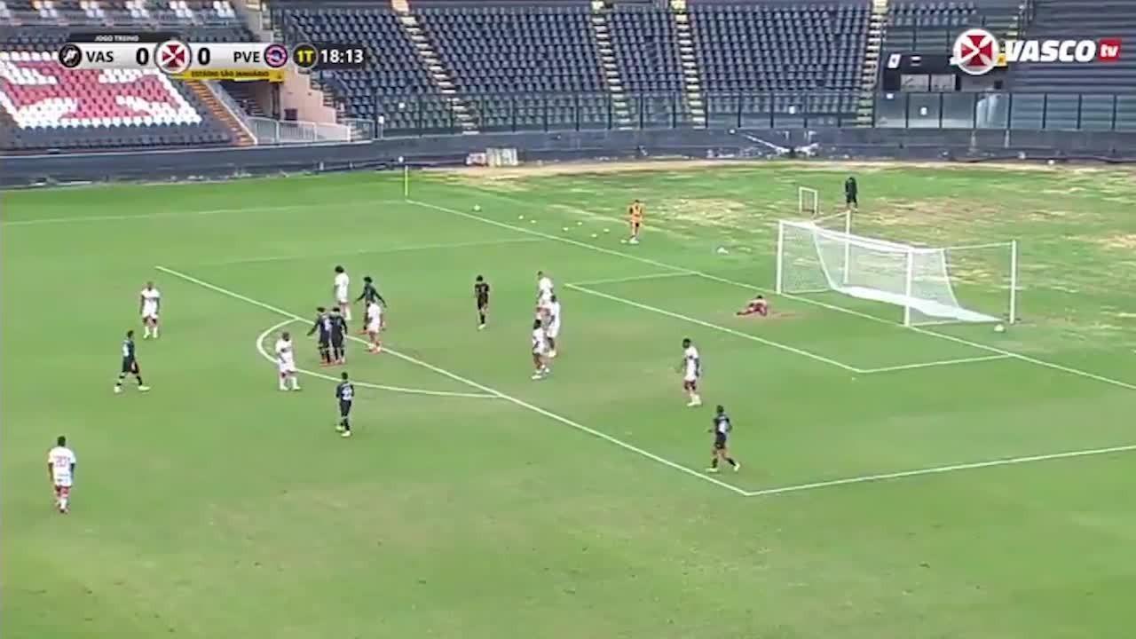 Confira o primeiro gol do Vasco, em jogo-treino contra o Porto Velho, marcado por Benítez