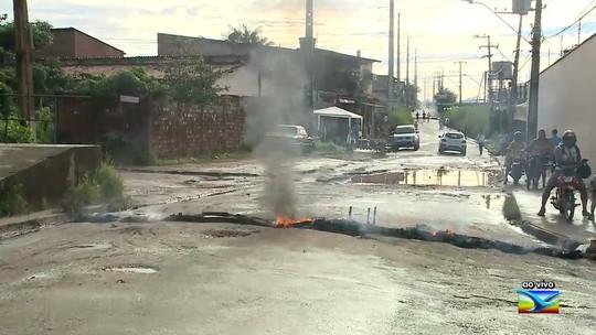 Moradores realizam protesto em bairro em São José de Ribamar
