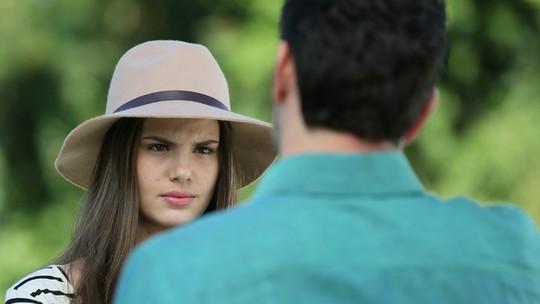 Angel usa Guilherme para provocar Alex e divide o público