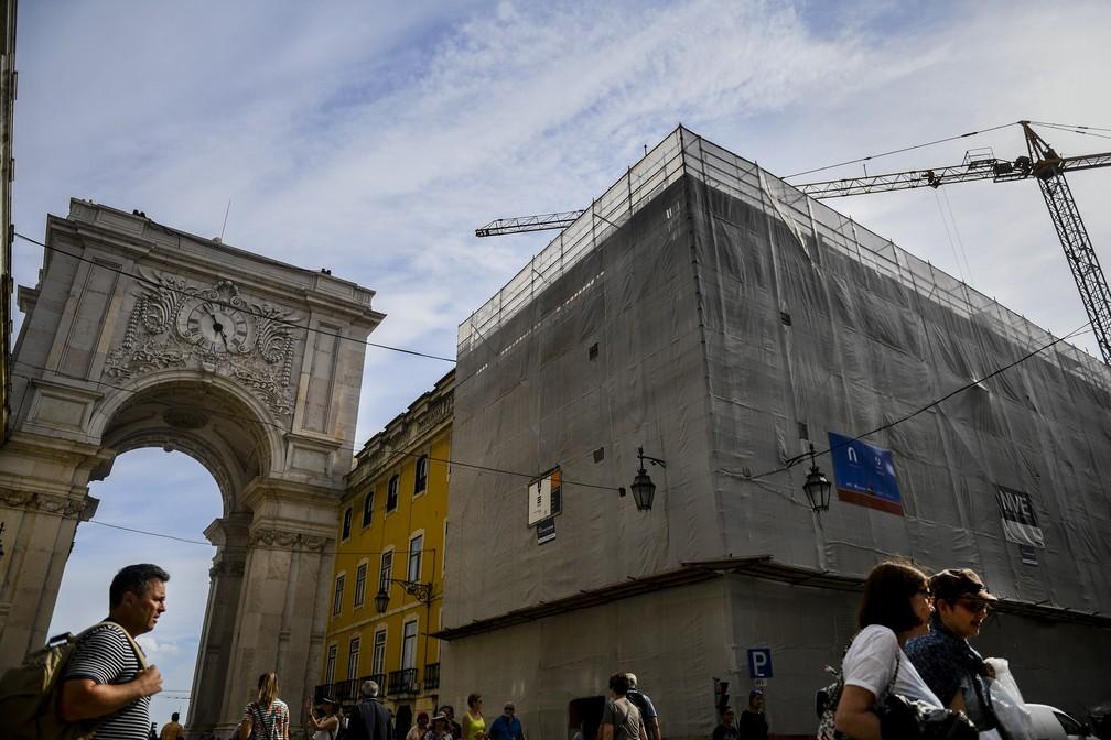 Prédio em construção em Lisboa, Portugal. (Foto: Patricia de Melo Moreira/AFP  )