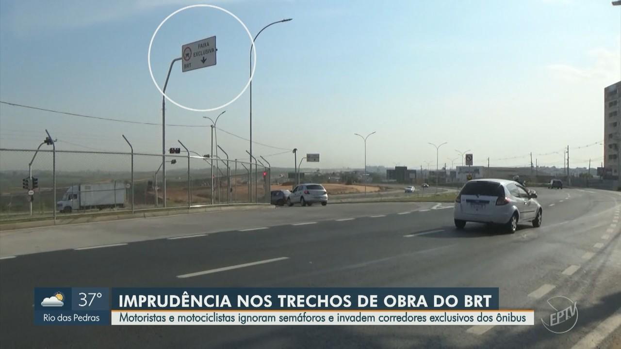 Motoristas e motociclistas invadem trechos exclusivos dos ônibus em Campinas