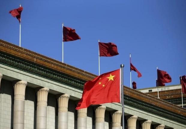 China - bandeira - economia da China - economia chinesa (Foto: Jason Lee/REUTERS)